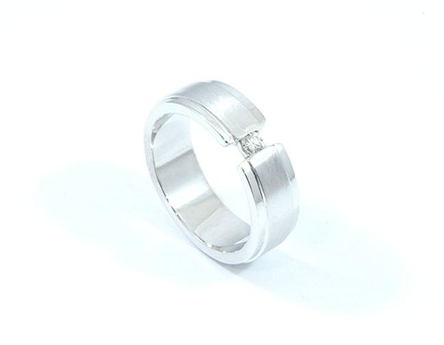 anillo línea artSteel